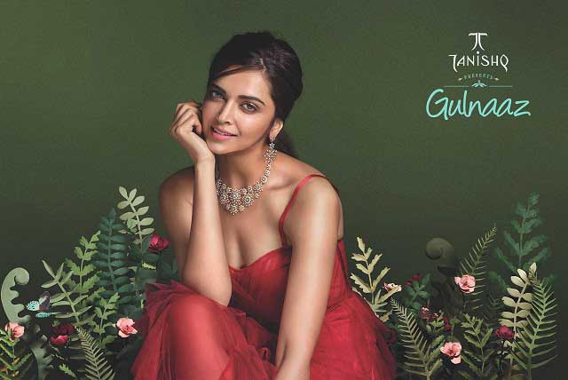 The Gulnaaz collection embodies the pride of an exotic jewellery range.