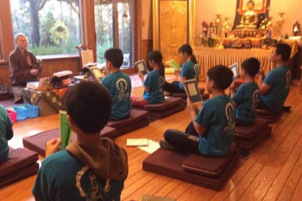 大悲菩提寺-第一屆2016青少年禪修班,背誦心經,開啟佛智
