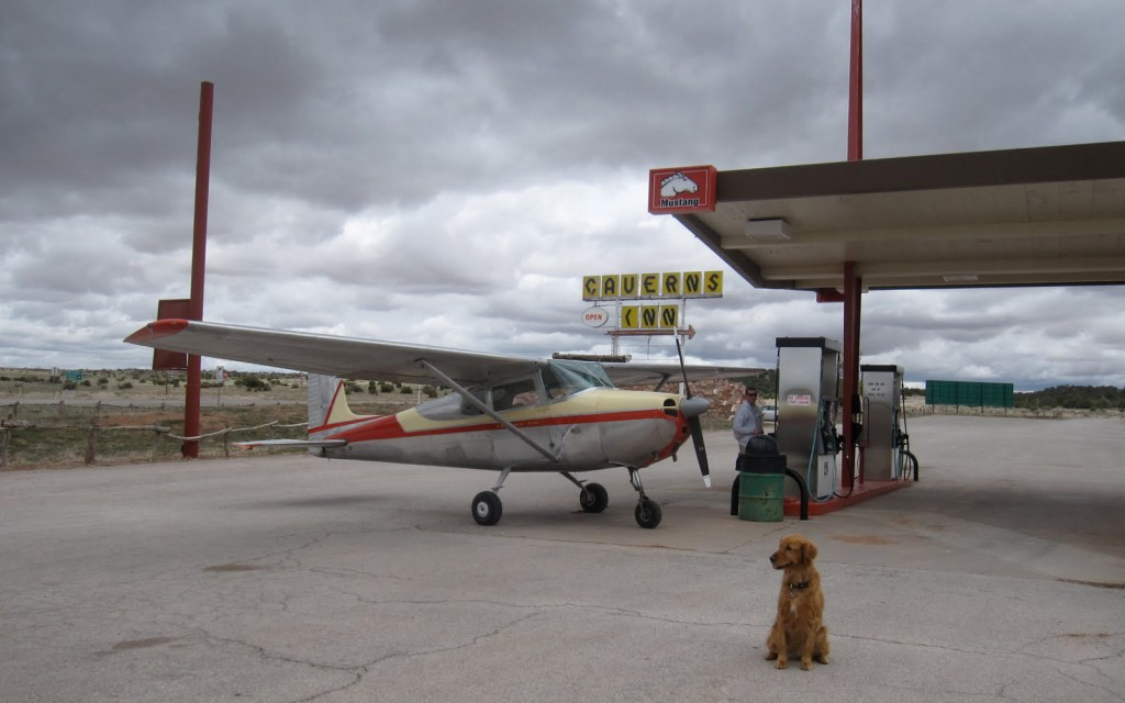 airplane_fueling-up_caverns_sign