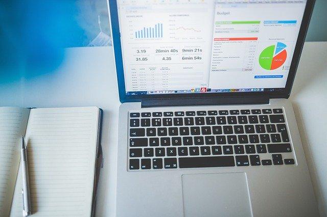 CRM (Customer Relationship Management) software