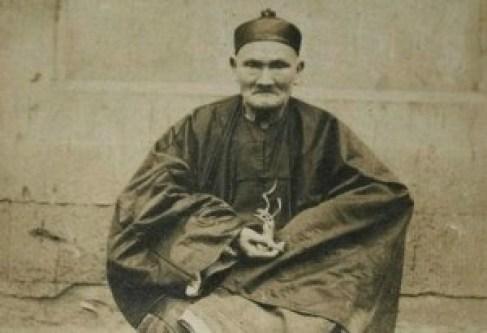 """La única fotografía que se conserva de Li Ching-Yuen, """"el hombre más viejo del mundo""""."""