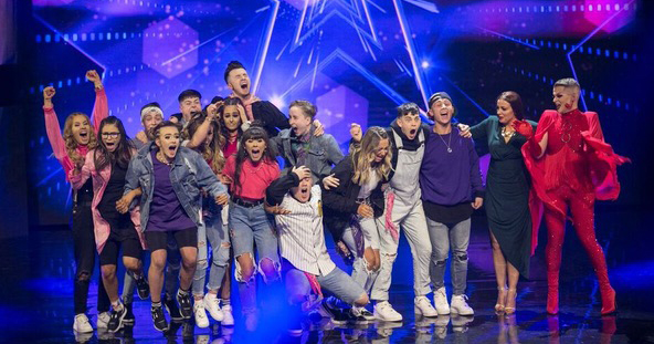 Paul Ryder and the other contestants of Ireland's Got Talent