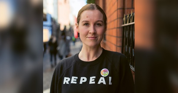 anna cosgrave wearing her infamous repeal jumper
