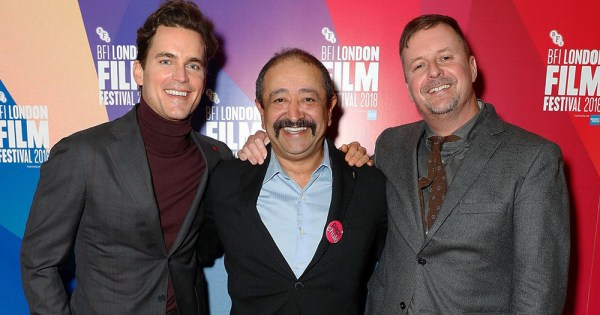 John Butler with his two male actors on the red carpet of the premiere