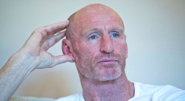 Gareth Thomas' parents about his HIV status before he had the opportunity