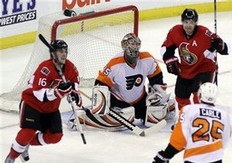 Flyers Stumble Out of First Place Against Senators in 5-2 Stinger