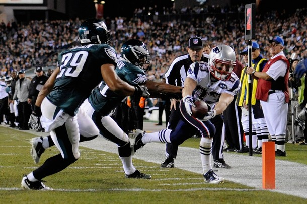 Eagles' Defense Flops Against Patriots