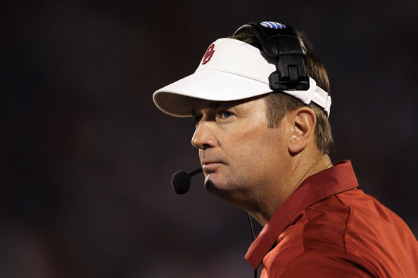 Penn State In Pursuit of Oklahoma's Bob Stoops