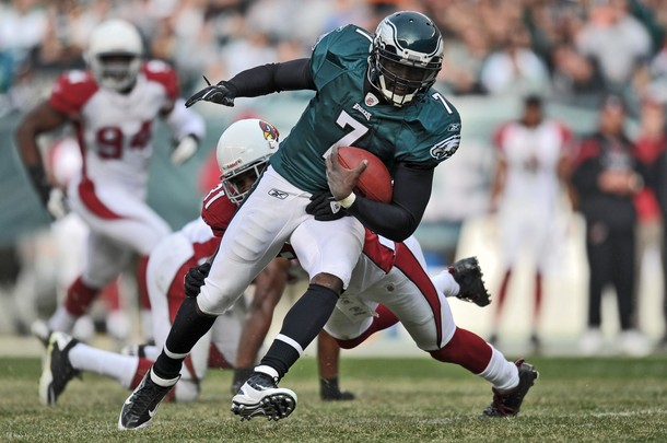 Vick Disappears in the Second Half, But Eagles still Win