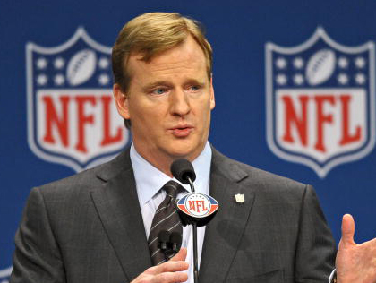 NBC10's John Clark Asks Commissioner About Super Bowl Coming To Philly