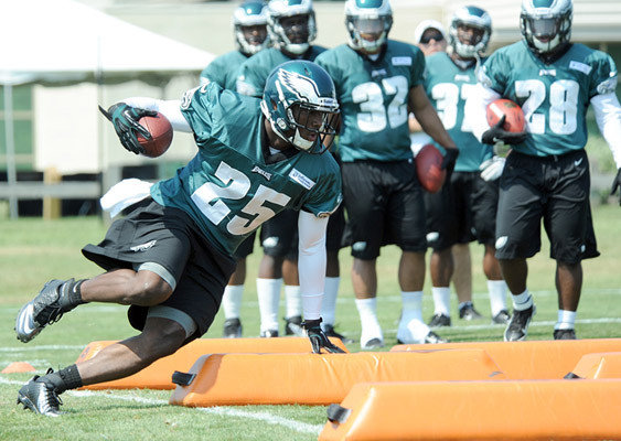 LeSean McCoy Is Confident He Can Produce With Fewer Carries