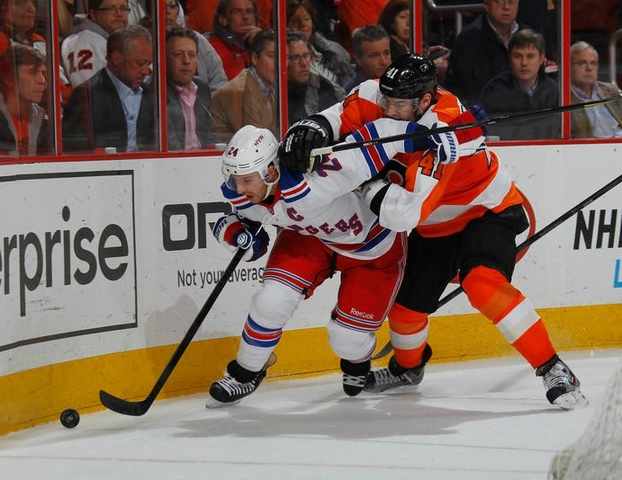 As Olympic Trade Freeze Nears, Flyers Must Make Decisions