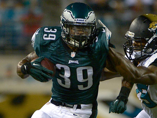 Eagles Sign Eight To Practice Squad