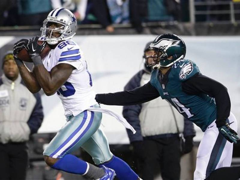 Mistake-Prone Eagles Lose To Cowboys