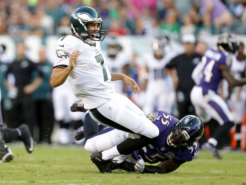 Is Chip Kelly Putting Sam Bradford In A Vulnerable Situation?