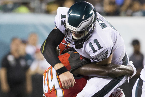 Carson Wentz Suffered Hairline Fracture Of His Ribs