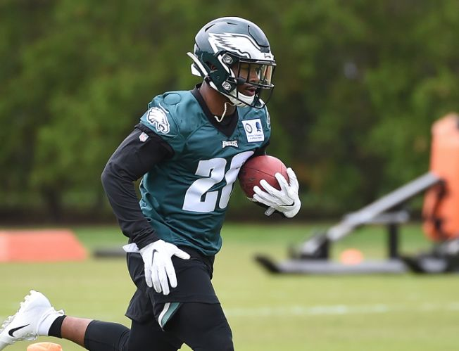 One-on-One Interview With Eagles Running Back Miles Sanders