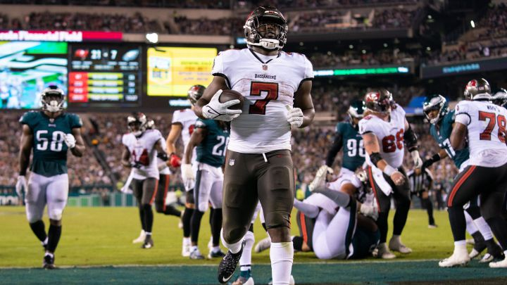 Eagles Defense Couldn't Stop The Bucs When It Mattered