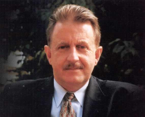 Denis Mulcahy, 2009 Honoree