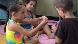 Escuelas de Miami piden ayuda federal para niños refugiados cubanos