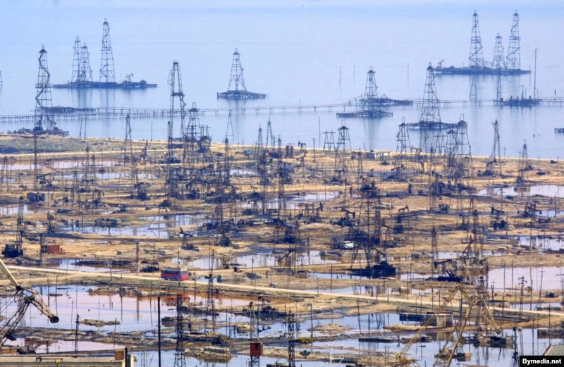 Shortly after the Soviet era, there were a lot of picturesque abandoned oilfields in Azerbaijan