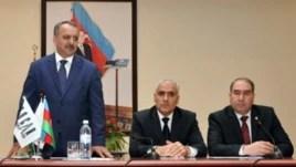 Фахраддин Исмаилов (слева)