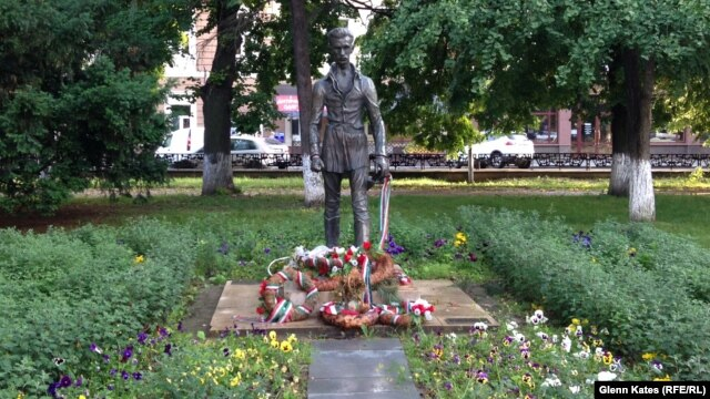 A monument in Uzhhorod to Sandor Petofi, a Hungarian poet and revolutionary, is one of many tributes to Hungarian figures in Zakarpattia.