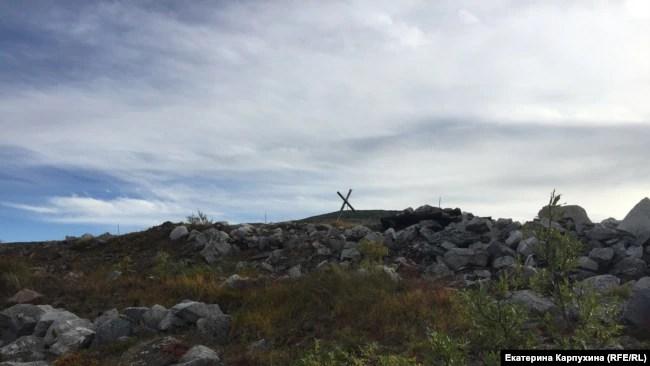 Остатки шахты на горе Кестер