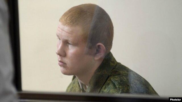 Валерий Пермяков на слушаниях в суде 12 августа