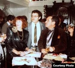 У Ники Щербаковой сервировали даже крышку рояля. Слева направо: Ника Щербакова, Александр Горянин, Анатоль Брусиловский