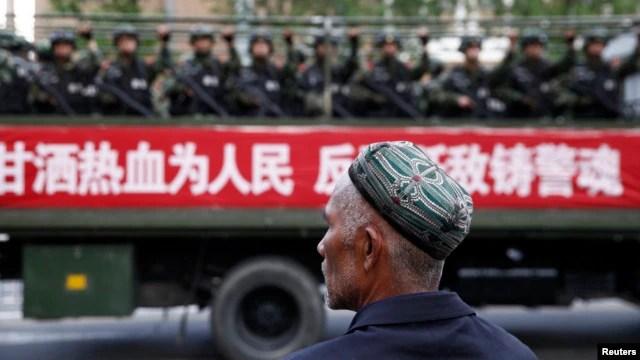 Những năm qua đã xảy ra tình trạng bất ổn tại khu vực người Hồi giáo Uighur ở Tân Cương.