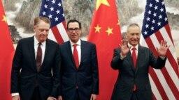 中國副總理劉鶴與美國貿易代表萊特希澤和財政部長姆努欽2019年5月1日在北京舉行貿易會談。