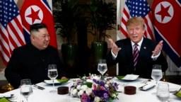 Donald Trump y Kim Jong Un se han reunido en tres ocasiones, en Singapur, Hanoi y la Zona Desmilitarizada coreana. Hasta ahora no han habido avances en las negociaciones entre ambos países.