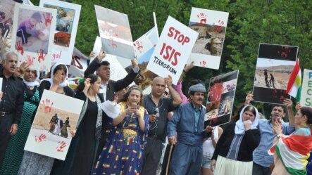 Người Kurd biểu tình chống IS.