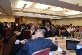 Cử tọa tham dự Hội Thảo An Ninh Hàng Hải Biển Đông tại trụ sở CSIS hôm 20 tháng Sáu, 2011