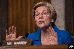 Senate Armed Services Committee member Elizabeth Warren questions Defense Secretary-designate James Mattis, Jan. 12, 2017 on Capitol Hill, during the committee