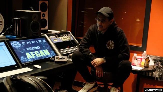 Afgan saat berada di studio EMPIRE, San Francisco, California (dok: EMPIRE/Trinity Optima Production)