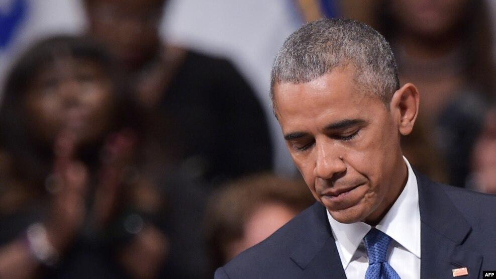Tổng thống Obama tại lễ tưởng niệm ở Nhà hát giao hưởng Morton H. Meyerson, Dallas, Texas, ngày 12/7/2016.