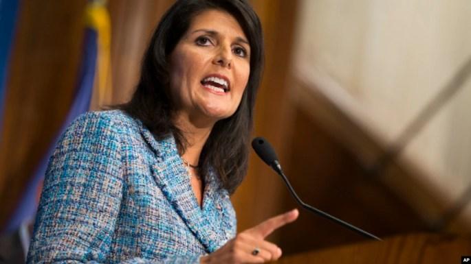 Haley, de 44 años, hija de inmigrantes de la India, está en su segundo período como gobernadora, pero no tiene experiencia en política exterior.
