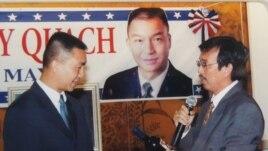 Ông David Dương, bên phải, trong buổi gây quỹ cho ông Andy Quách ứng cử thị trưởng thành phố Westminster, Quận Cam (ảnh Bùi Văn Phú)