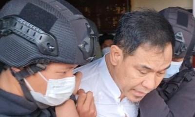 Dituduh Terlibat Terorisme, Densus 88 Tangkap Munarman