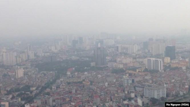 Bầu trời Hà Nội một ngày ô nhiễm.