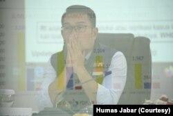 Gubernur Jawa Barat Ridwan Kamil memimpin rapat Gugus Tugas Percepatan Penanggulangan Covid-19 Jabar di Mapolda Jabar, Kota Bandung, Rabu, 27 Mei 2020. (Foto: Humas Jabar)