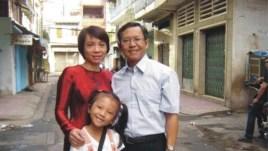 Ông Pham Minh Hoang hay Blogger Phan Kiến Quốc và gia đình