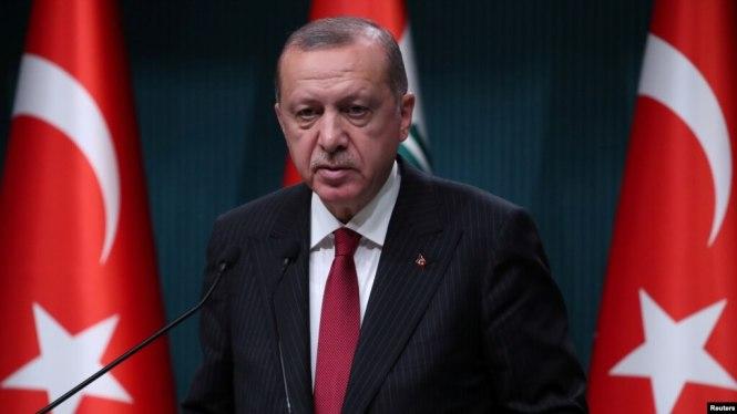 Tổng thống Thổ Nhĩ Kỳ họp báo hôm 14/8/2018.