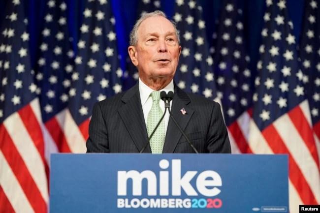 Archivo - Michael Bloomberg habla en una conferencia de prensa para lanzar su candidatura a la nominación presidencial demócrata en Norfolk, Virginia, el 25 de noviembre de 2019.