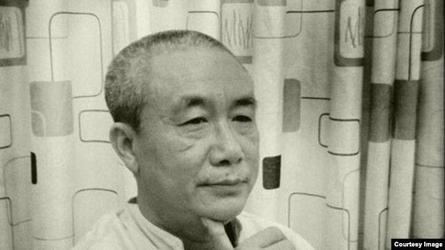 Hơn 20 nhà văn, nhà thơ ký tên vào đơn tuyên bố từ bỏ Hội nhà văn Việt Nam trong đó có nhiều người nổi tiếng như nhà văn Nguyên Ngọc, nhà thơ Đỗ Trung Quân, giáo sư Nguyễn Huệ Chi, nhà văn Nguyễn Quang Lập (trong hình).