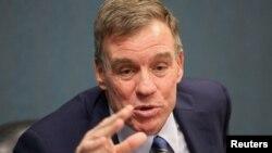 Senatori Mark Warner