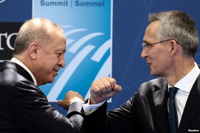 Cumhurbaşkanı Recep Tayyip Erdoğan, NATO Genel Sekreteri Jens Stoltenberg ile