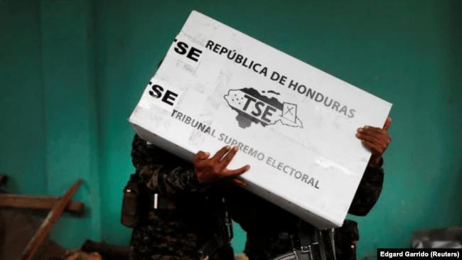 Oposición defenderá resultados de comicios con todo en la calle — Zelaya